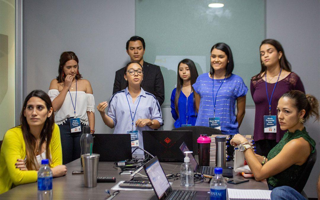 Estudiantes desarrollan estrategias para Unilever El Salvador